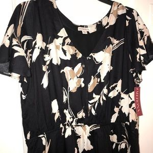 NWT- Black/ Cream Floral Knee Length Dress